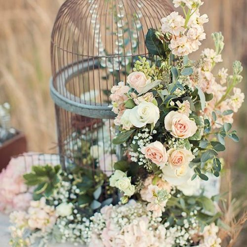 0-72605300-mw-Bird-Cage-Wedding-Decor-Desirae-Gooding-Photography